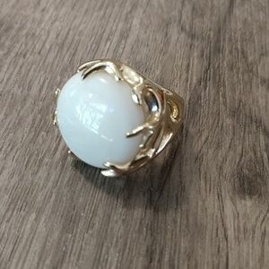 Kendra Scott White Pearl Shannon Ring Sz 8
